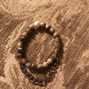 Stretch bracelet similar to the lace project